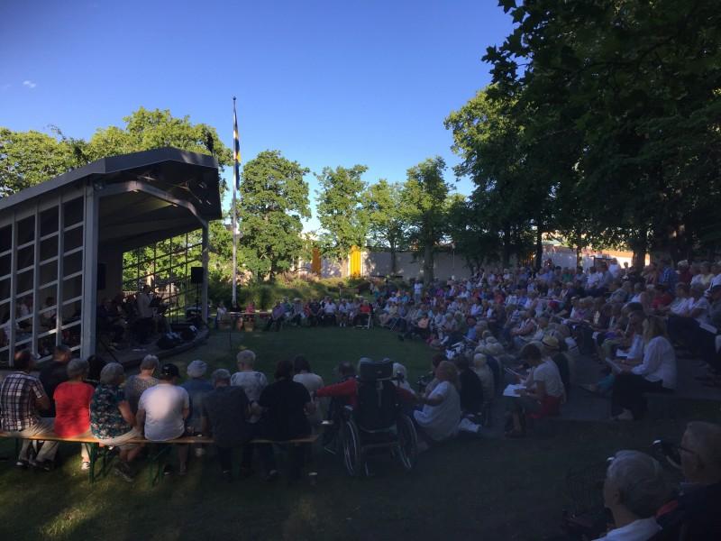 Allsång i Västerviks Stadspark 2017